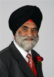Profile image for Cllr Makhan Singh